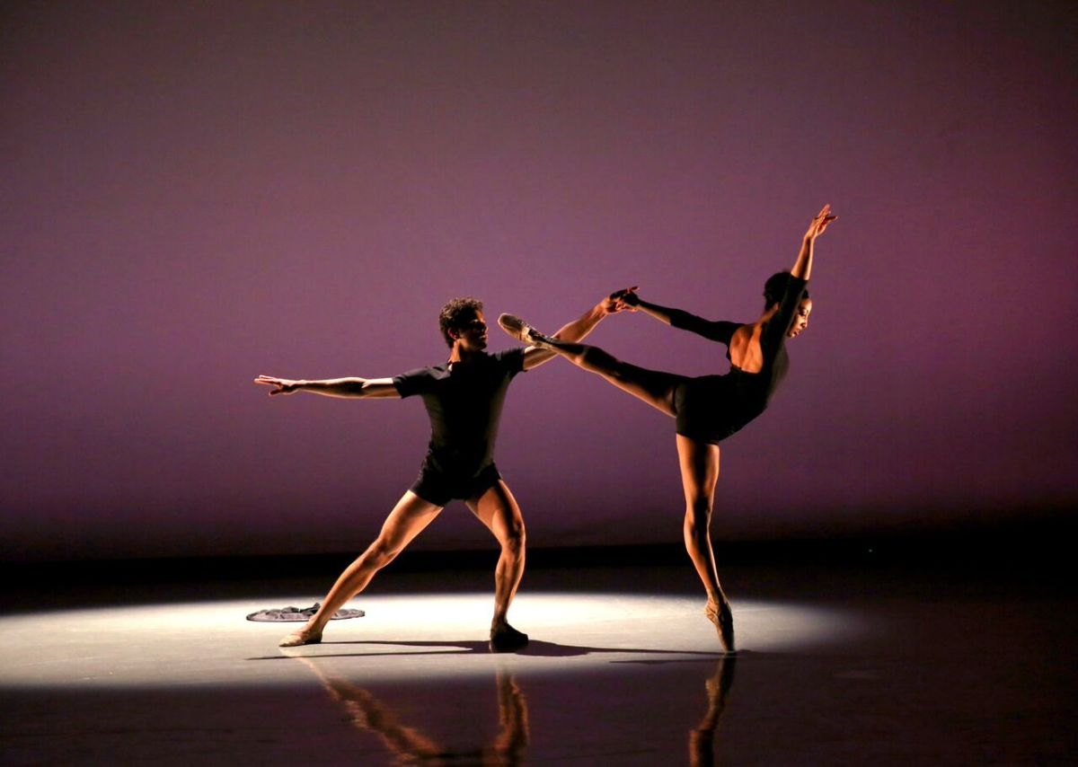 RICHMOND BALLET: NEW WORKS – Sleeping Cats and Distant Figures Lose Melodies in 2Rooms